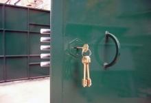 Замена гаражного замка