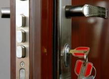 Замена замка на китайской двери